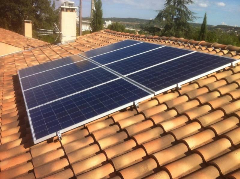 panneaux photovoltaques sur toiture - Combien De Panneau Photovoltaique Pour Une Maison