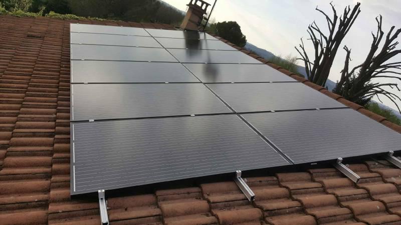 combien de panneau solaire pour une maison best lorsque je mentionne aux gens que ma maison est. Black Bedroom Furniture Sets. Home Design Ideas